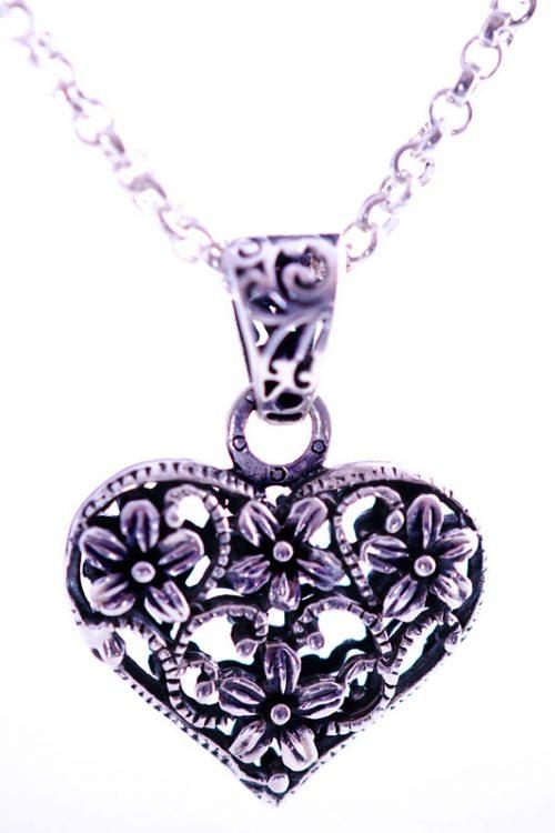 Silverheart-necklace